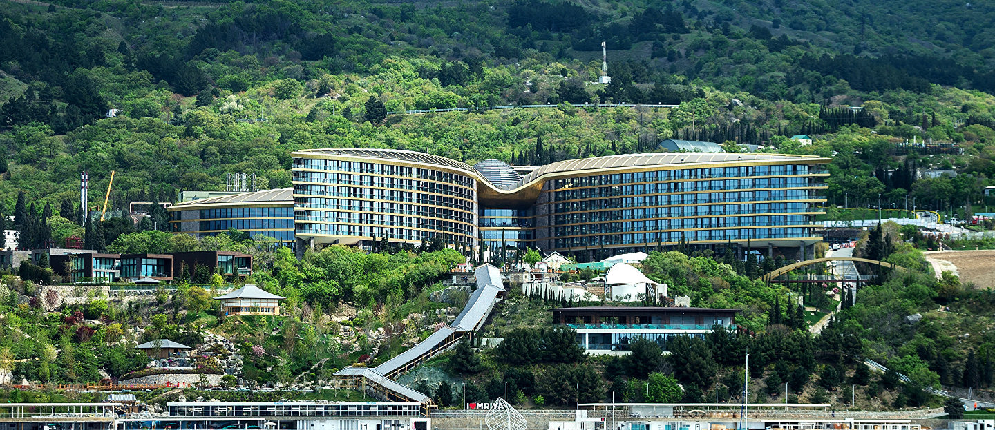 Mriya Resort & Spa hotel in Yalta