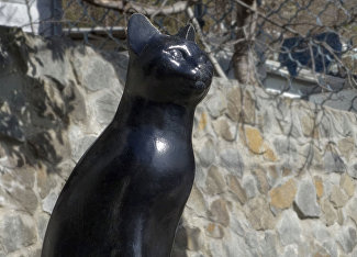 Monument to Penelope, the Cat