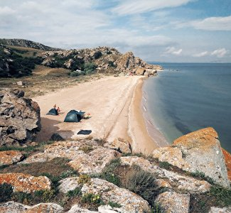 The Crimean coast of the Sea of Azov: where and how to relax
