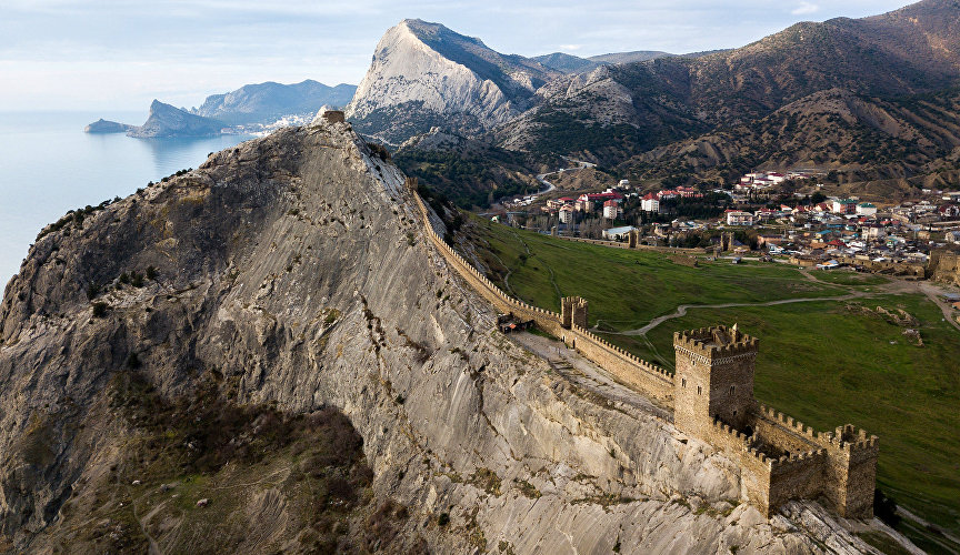 The Sudak fortress, a reminder of the times when a large stretch of the Crimean coast was controlled by the Republic of Genoa