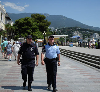 Crimean Tourist Police: Where it Works, How it Helps and What Foreigners Ask for