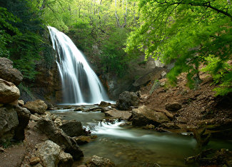 Dzhur-Dzhur Waterfall