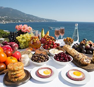 Taste of travelling: popular gastro touristic routes of Crimea